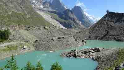 Tour du Mont Blanc from Martigny in Comfort 8