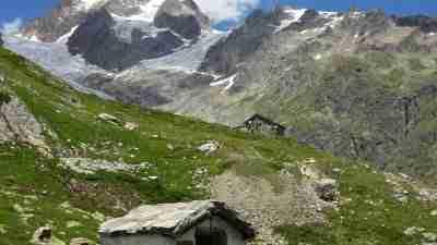 Tour du Mont Blanc from Martigny in Comfort 12