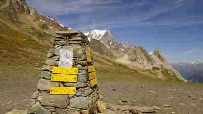 Tour du Mont Blanc from Martigny in Comfort 24