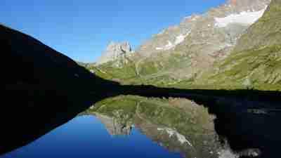 Tour du Mont Blanc from Martigny in Comfort 28