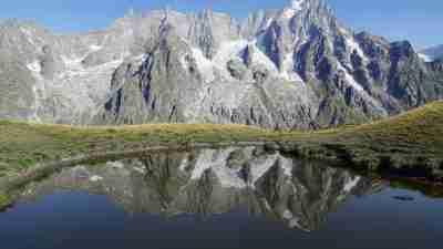 Tour du Mont Blanc from Martigny in Comfort 35
