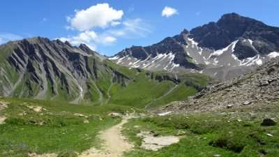 Tour du Mont Blanc from Martigny in Comfort 4