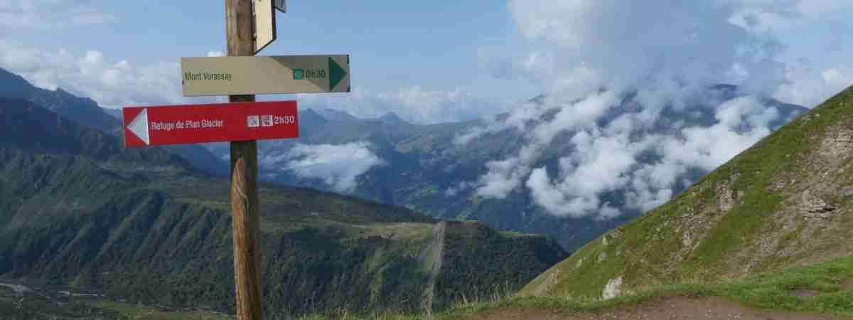Tour du Mont Blanc from Martigny in Comfort 79
