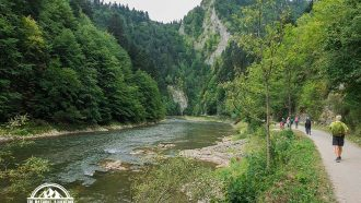 self guided hiking, Carpatian mountains, Poland, Dunajec river