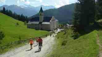 Across Tyrol: Innsbruck to Sterzing 35