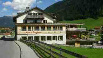 Across Tyrol: Innsbruck to Sterzing 23