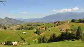 Piatra Craiului National Park - Pestera Mountain village