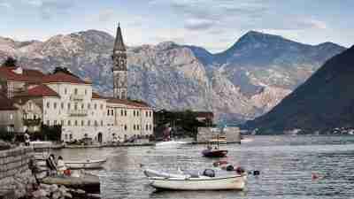 Complete Montenegro Discovery Trek 6
