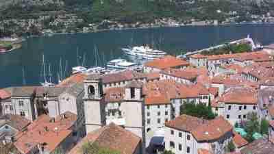 Complete Montenegro Discovery Trek 5