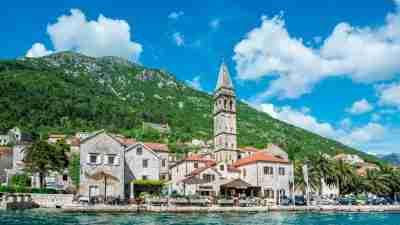 Complete Montenegro Discovery Trek 2