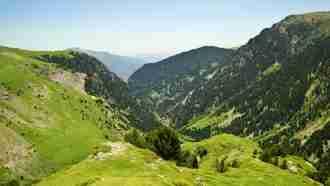 High Pyrenees of Catalonia, catalan high pyrenees walking holiday