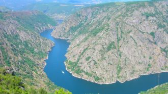 Ribeira Sacra: The Gorges and Vineyards of Galicia 29