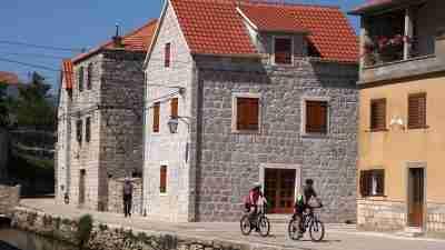 Dalmatia by Bike and Boat 30