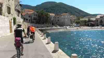 Dalmatia by Boat and bike; cycling holiday in croatia