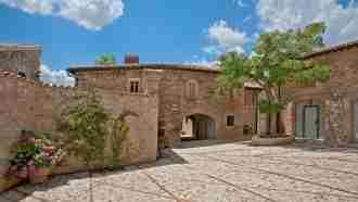 Medieval Umbria: Assisi to Spoleto 24
