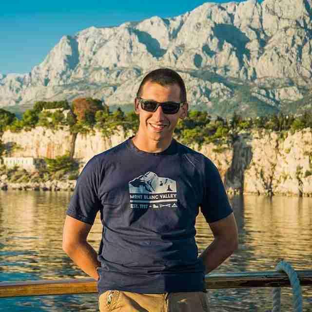 Atanas, Senior Tour Manager