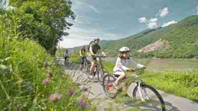 Danube Cycle Path Short Break 27