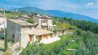 Medieval Umbria: Assisi to Spoleto 34