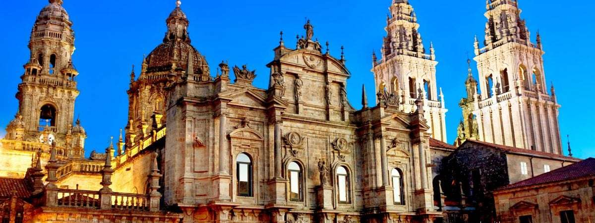 Camino Portugues Final Stage: Tui to Santiago (Relaxed)