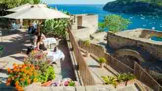 Capri, Ischia and Procida Island Walks 10