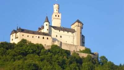 Castles and Vineyards of the Rhine Valley 15