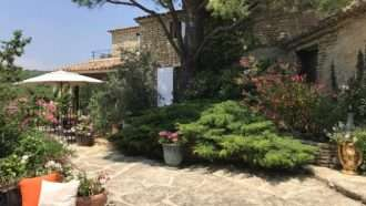 Classic Provence: Alpilles and Luberon 14