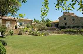 Classic Provence: Alpilles and Luberon 23
