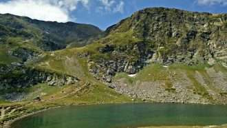 Bulgarian Alps: Rila and Pirin Hut to Hut 18
