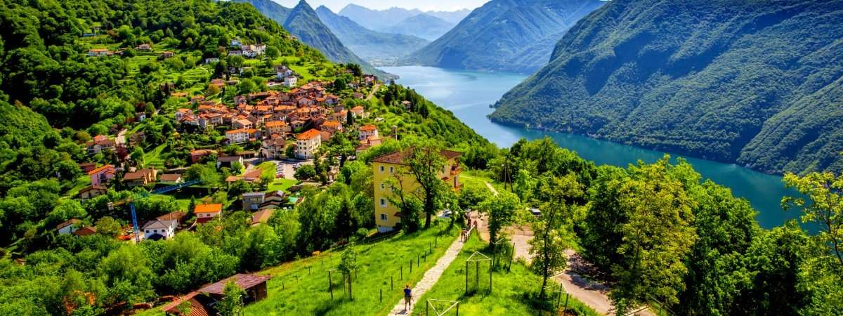 Ticino Lakes and Valleys: Bellinzona to Lugano 11