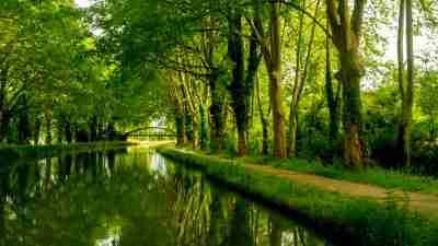 Canal De La Garonne: Cycling from Bordeaux to Toulouse